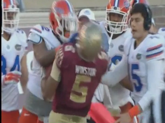 premium selection 0b41e 0b4d9 Video: Florida DL Gerald Willis Ejected For Cheap Shot On ...